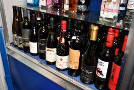 A quantity of assorted red/white wines to include Cartusca Evora Tinto Colheita 2016, Macon Hchizy