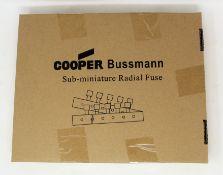 A box of 1000 as new Eaton Bussmann SR-5H-4A-AP T 4A 250VAC Sub-Miniature Radial Fuses (Box