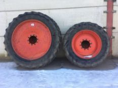 Set of 380/85R34 front and 380/90R50r rear row crop wheels and tyres