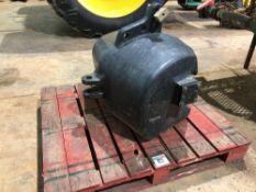 New Holland 1000kg weight block