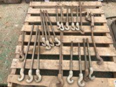 Quantity of hooks.