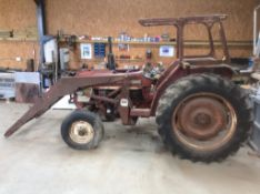 International 454 Tractor with Loader