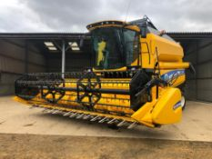 2018 New Holland TC5.90 combine harvester with straw chopper and Ceres 8000i grain monitoring system
