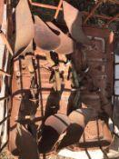 Qty of Dowdeswell Skimmer legs
