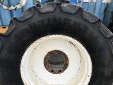Set of row crop wheels