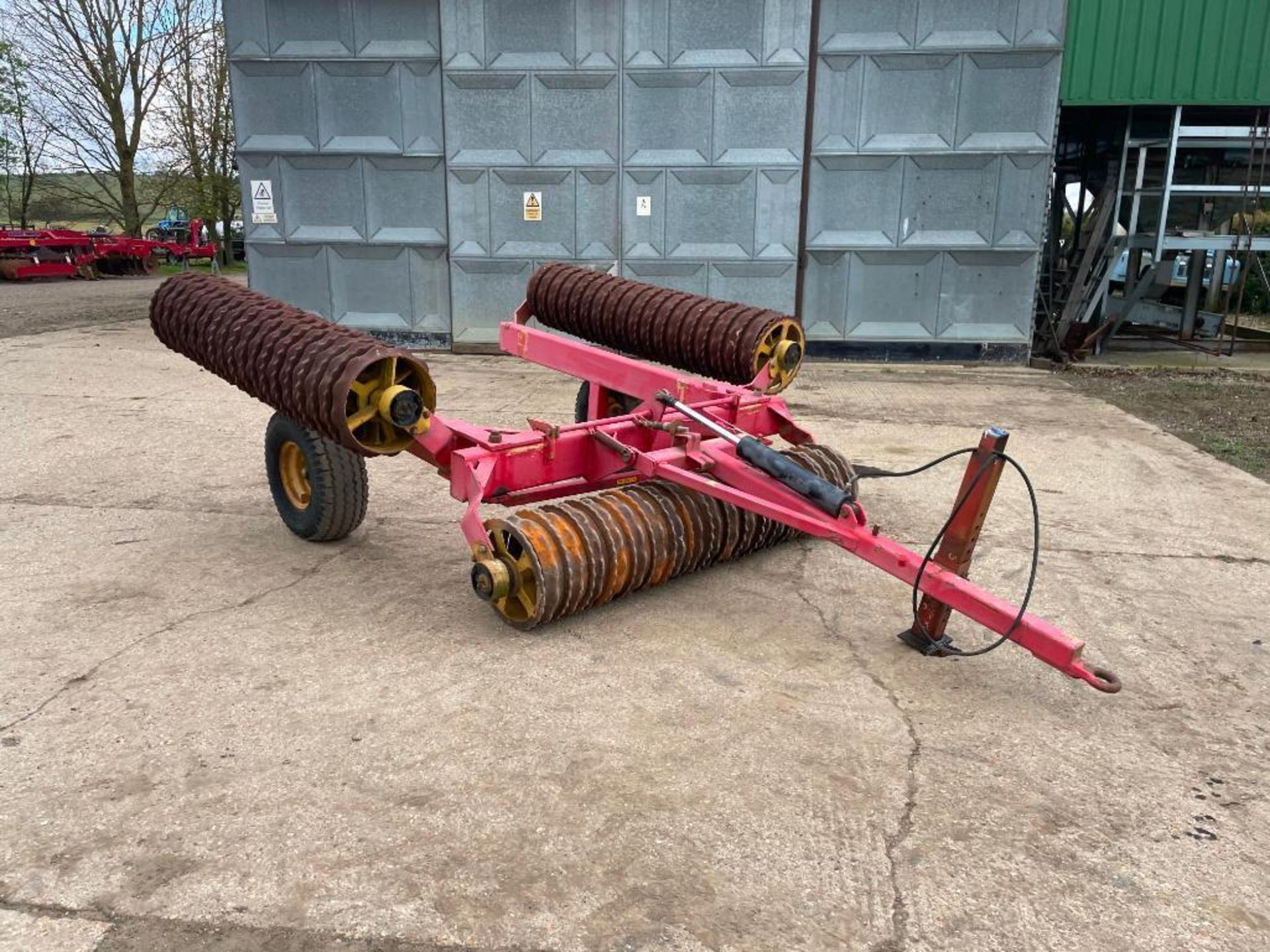 Vaderstad Rollex 620 Cambridge rolls, 6.2m hydraulic folding on 10.0/80-12 wheels and tyres. Serial - Image 4 of 12