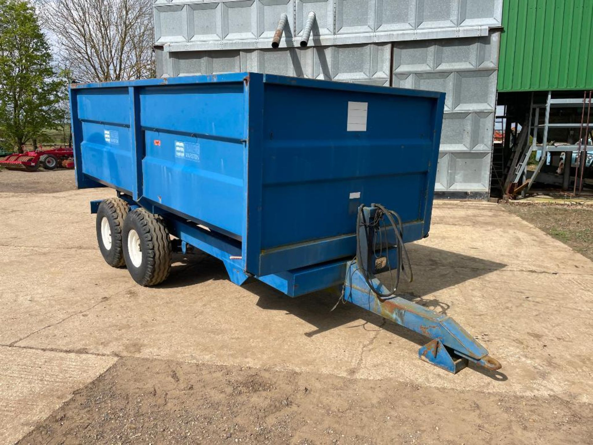 1986 AS Marston 8t twin axle grain trailer, manual tailgate and grain chute on 12.5/80-15.3 wheels a - Image 4 of 14
