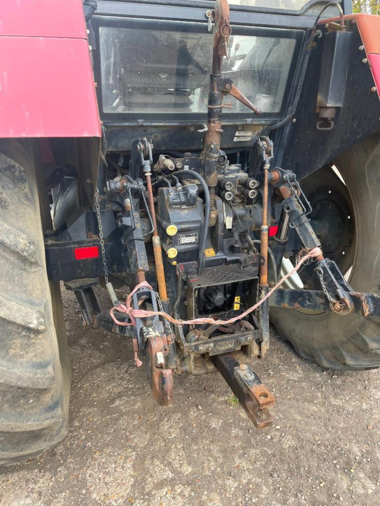 1997 Case IH 5150 Maxxum Plus Powershift 4wd tractor with 2 spools, PUH and front wafer weights on 1 - Image 12 of 13