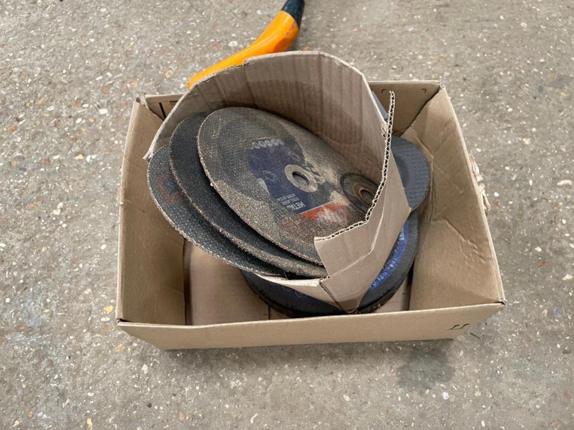 Quantity grinding discs - Image 2 of 2