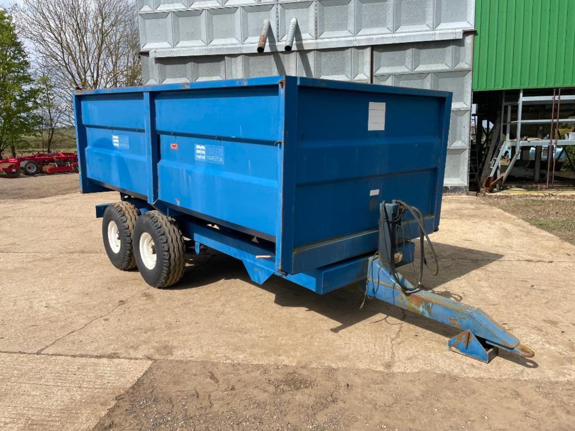 1986 AS Marston 8t twin axle grain trailer, manual tailgate and grain chute on 12.5/80-15.3 wheels a - Image 3 of 14