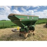 Amazone ZA-M 2000 12-36m fertiliser spreader comes with various discs. Serial No: 09003013 NB: Manua