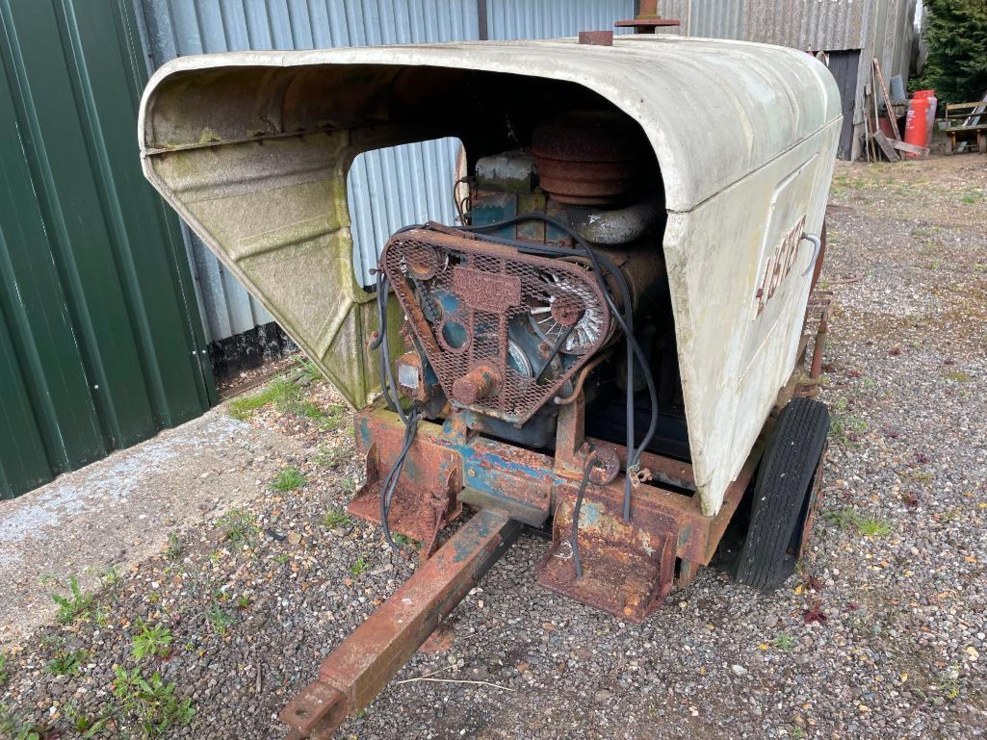 Lister diesel engine, spares or repairs NB: Manual in Office - Image 2 of 3
