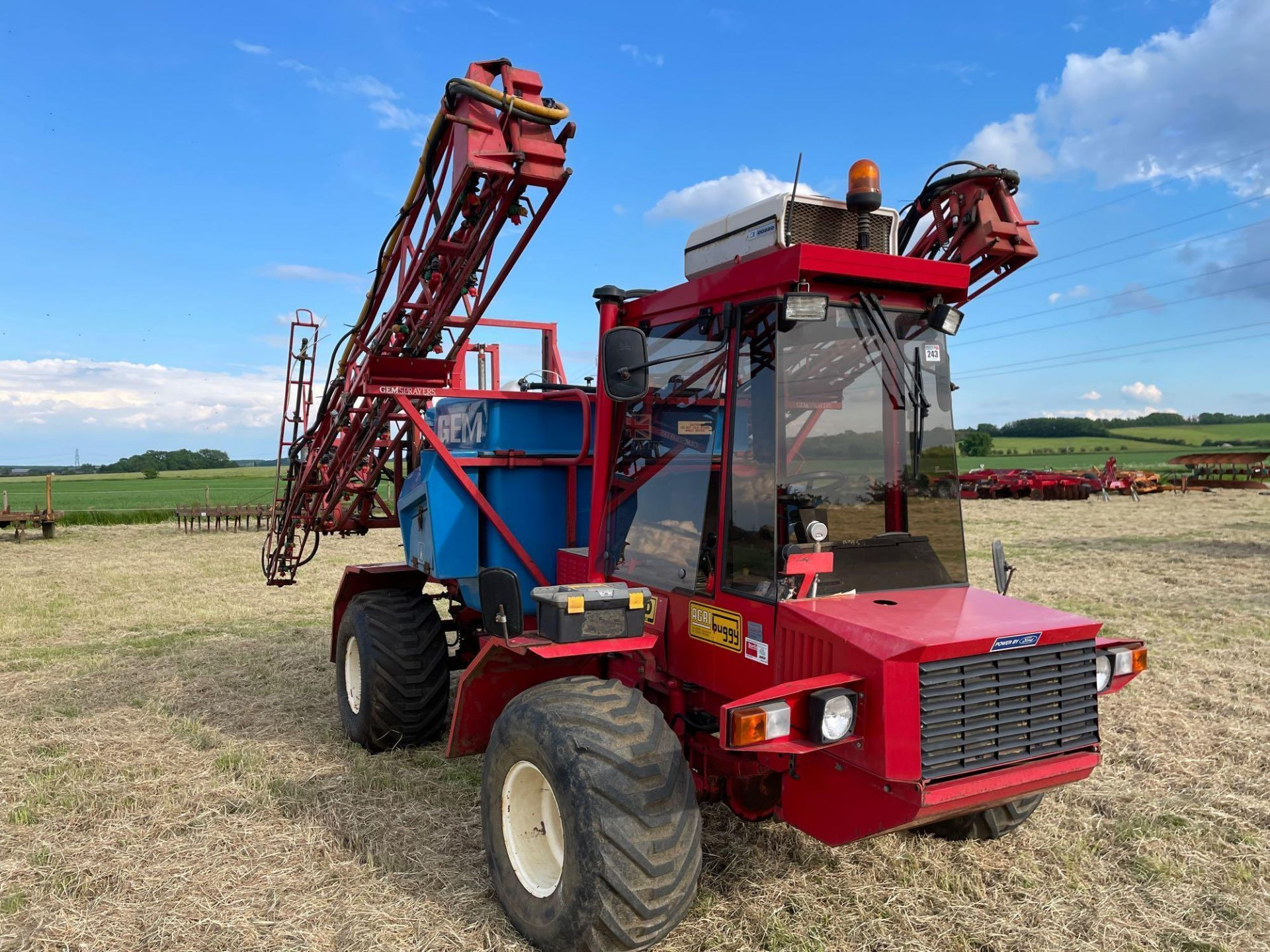 1995 Frazier Agri-Buggy SD with GEM 24m self propelled sprayer, 1500l tank on 38x20.00-16 wheels and - Image 25 of 27