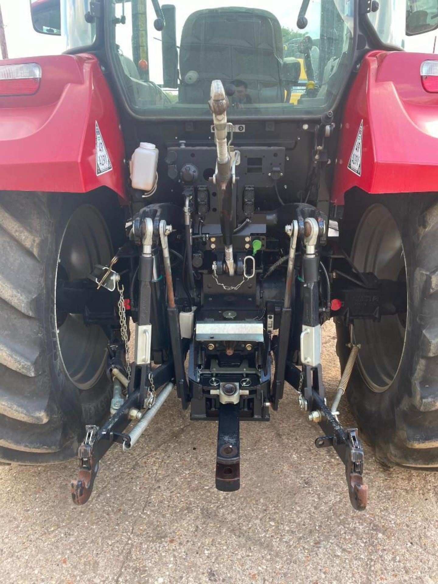 2014 Case IH Farmall 115U PRO 40Kph 4wd tractor with 2 spools, PUH on 440/65R24 front and 540/65R34 - Image 4 of 10
