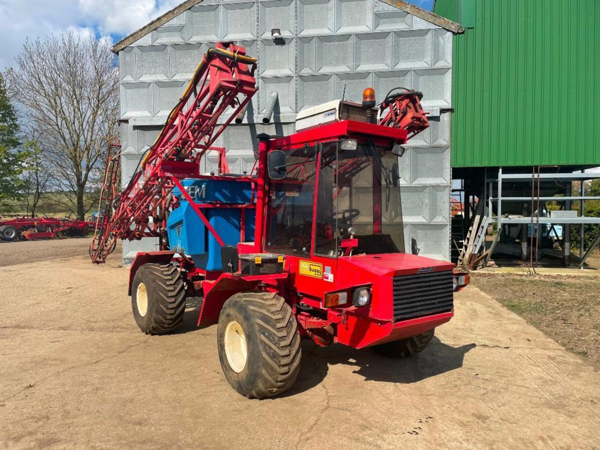 1995 Frazier Agri-Buggy SD with GEM 24m self propelled sprayer, 1500l tank on 38x20.00-16 wheels and - Image 7 of 27