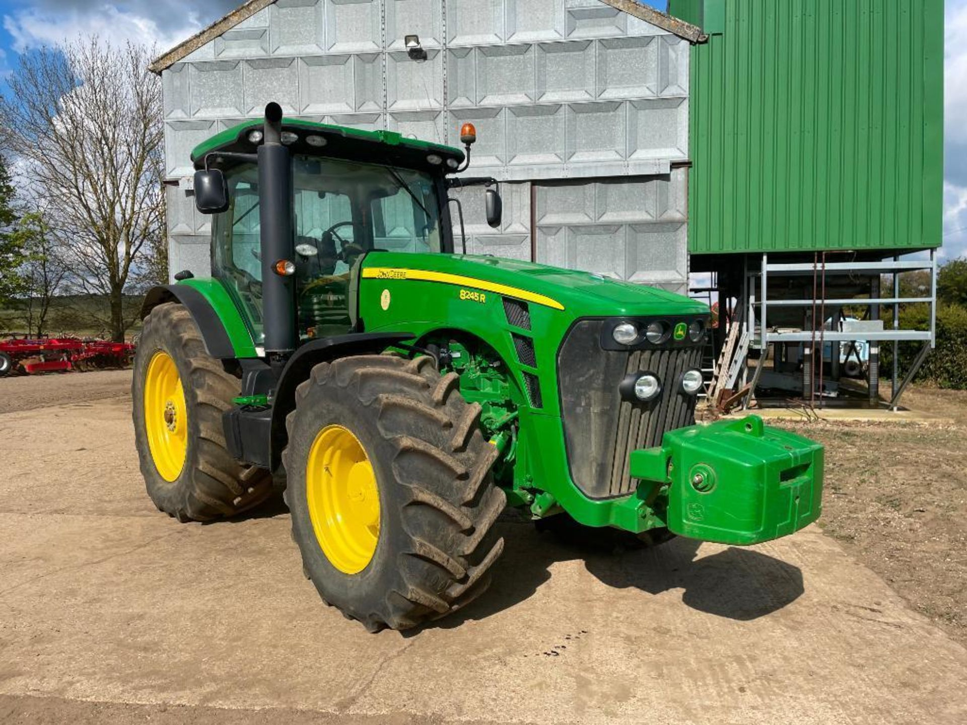 2011 John Deere 8245R 40kph Powershift with 4 electric spools, TLS front suspension and 900kg front - Image 2 of 18