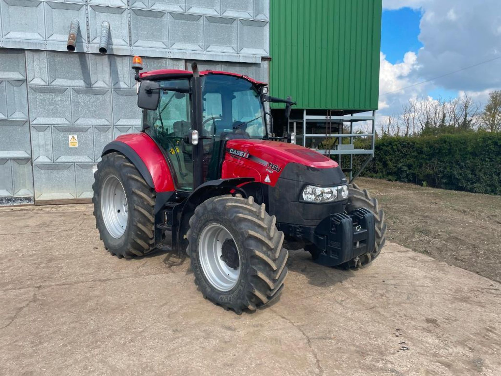 2014 Case IH Farmall 115U PRO 40Kph 4wd tractor with 2 spools, PUH on 440/65R24 front and 540/65R34 - Image 2 of 10
