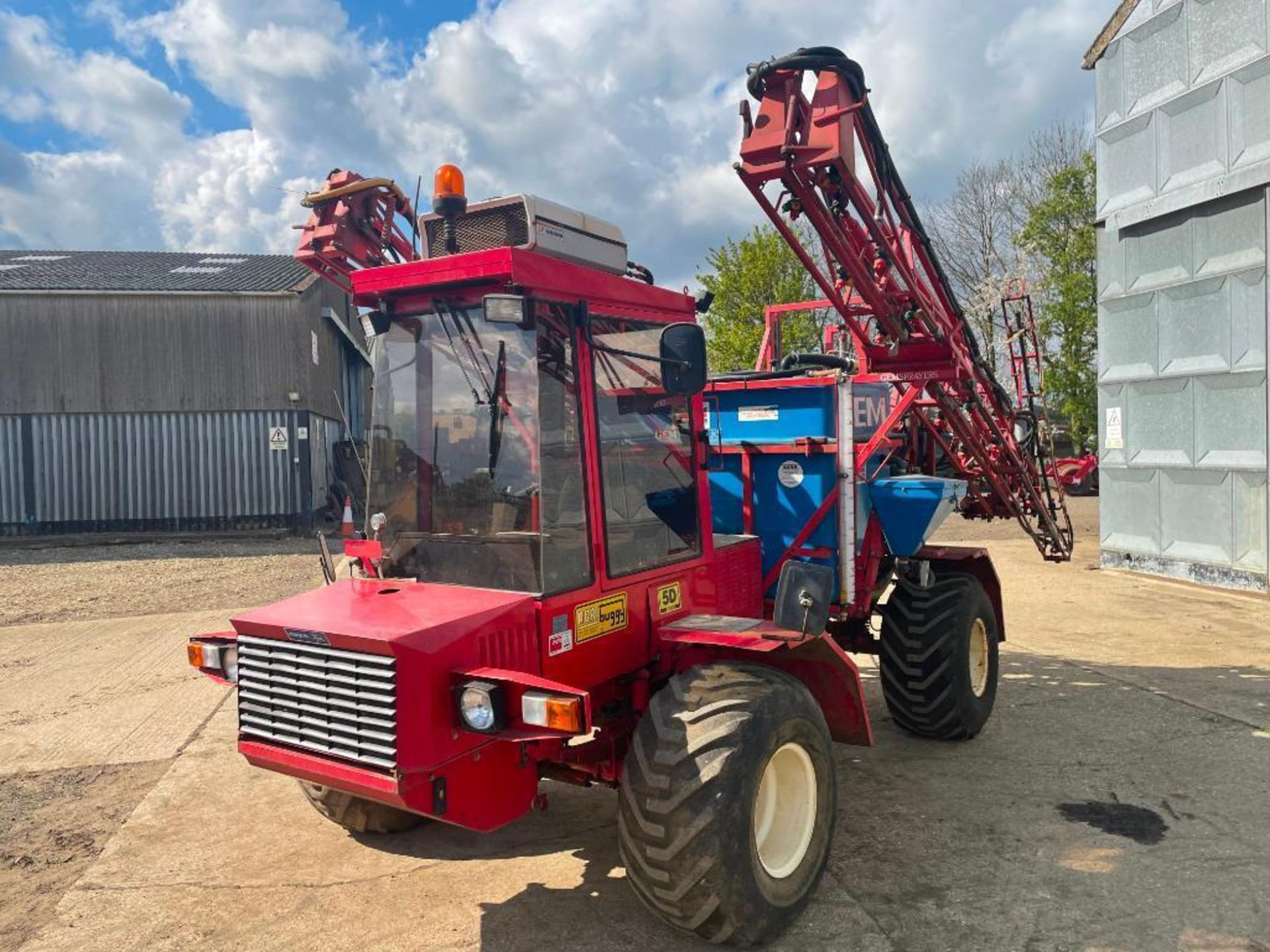 1995 Frazier Agri-Buggy SD with GEM 24m self propelled sprayer, 1500l tank on 38x20.00-16 wheels and - Image 20 of 27