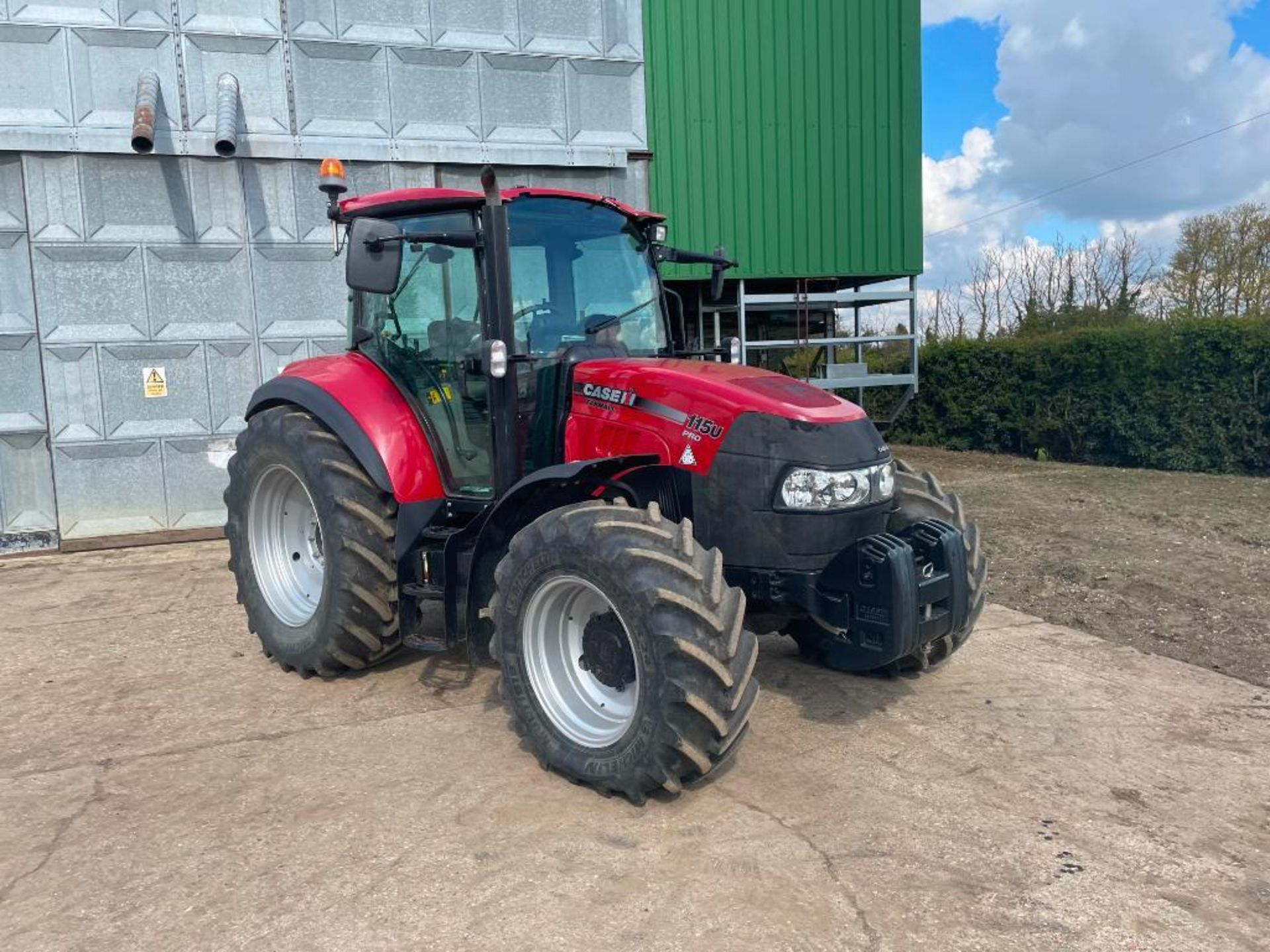 2014 Case IH Farmall 115U PRO 40Kph 4wd tractor with 2 spools, PUH on 440/65R24 front and 540/65R34 - Image 8 of 10