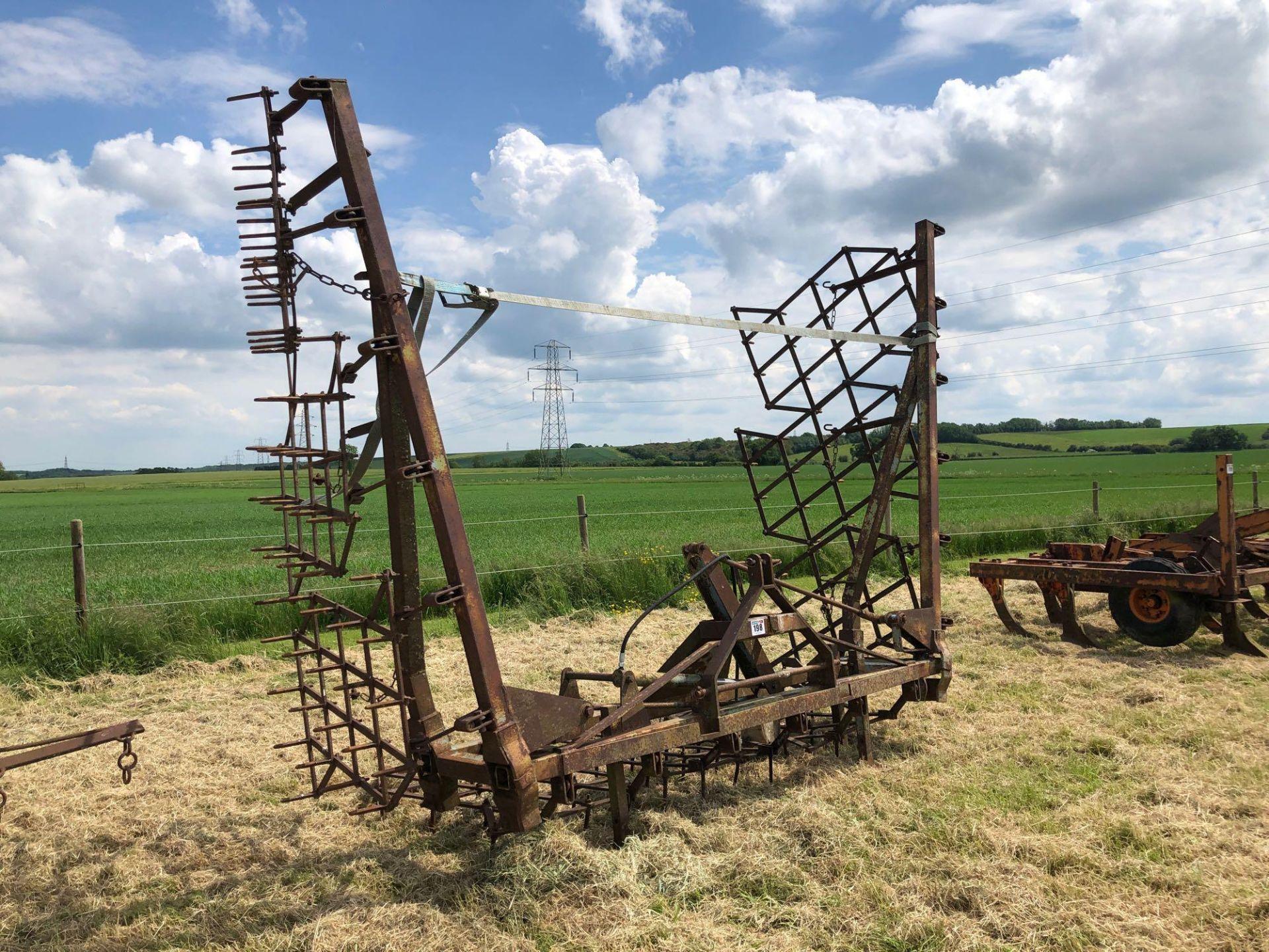 Parmiter 9m seed harrows, hydraulic folding, linkage mounted