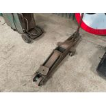 EPCO 10t trolley jack