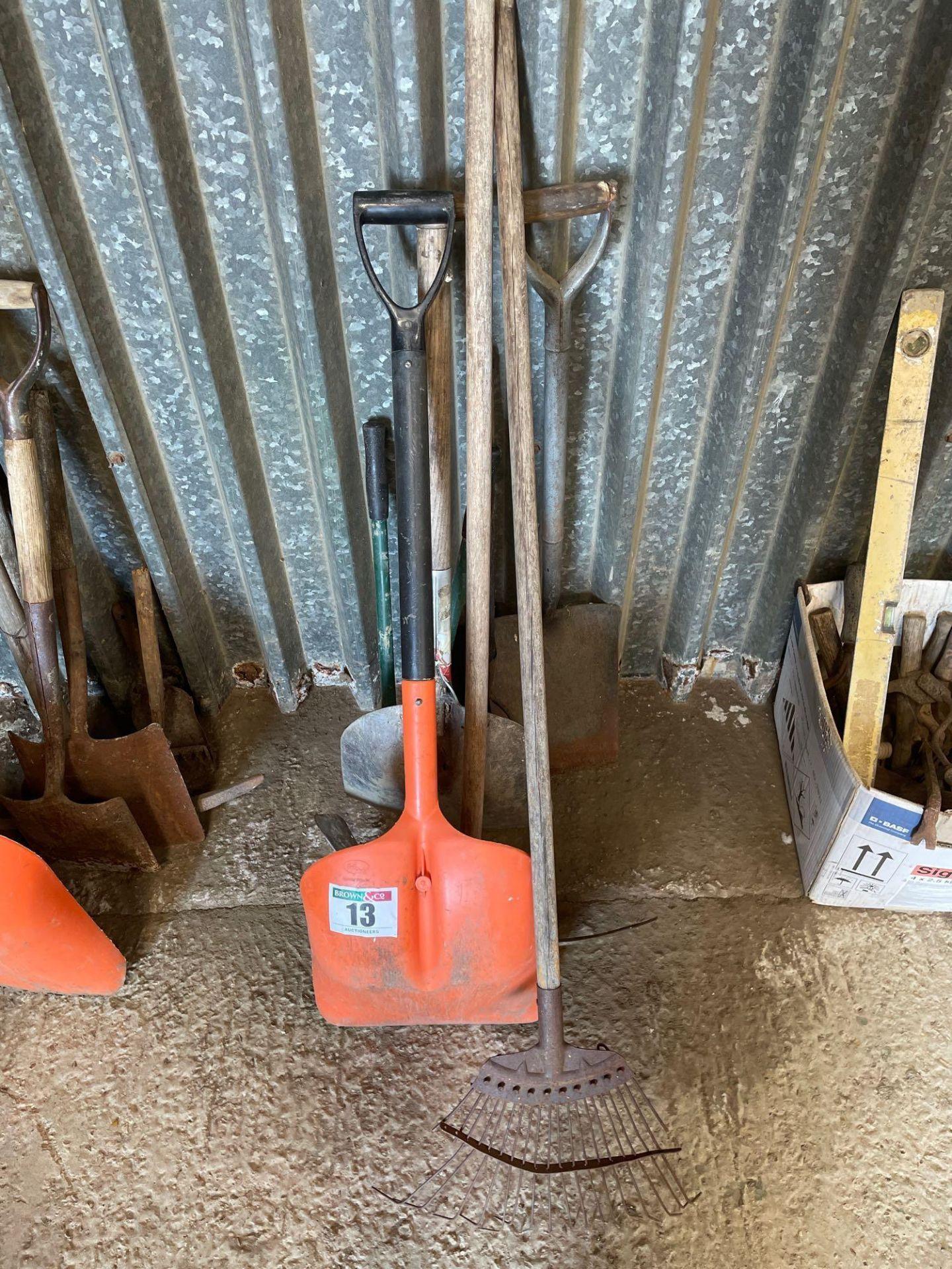 Quantity hand tools - Image 2 of 2