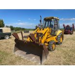 1993 JCB 3CX Sitemaster 4wd back hoe loader with 3 in 1 bucket on 10.5/80-18 front and 18.4-26 rear