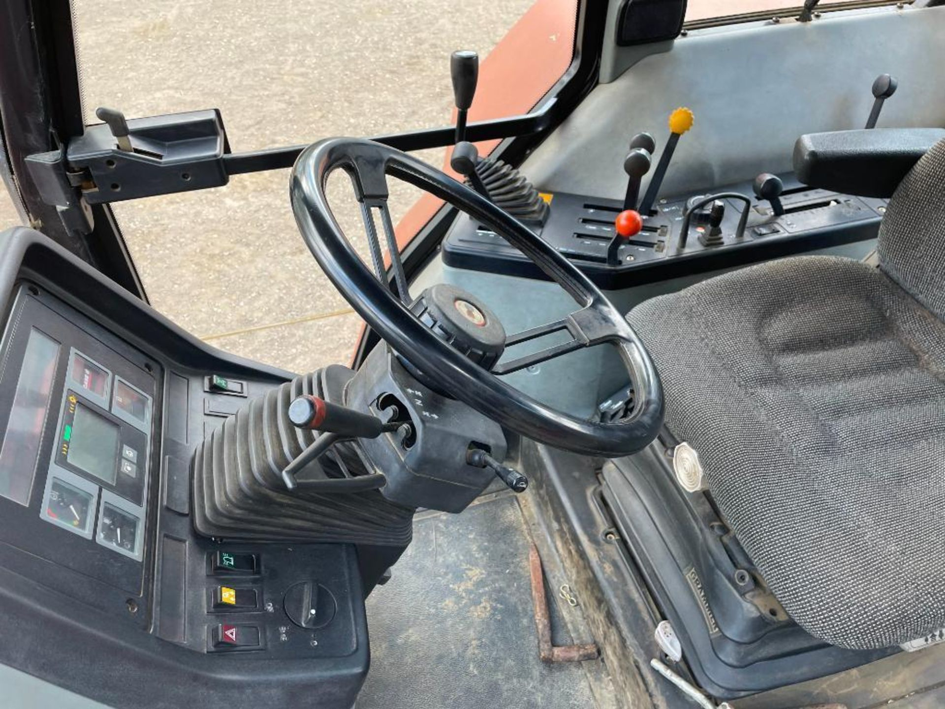 1997 Case IH 5150 Maxxum Plus Powershift 4wd tractor with 2 spools, PUH and front wafer weights on 1 - Image 13 of 13