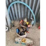 Quantity sprayer coupling, valves and nozzles
