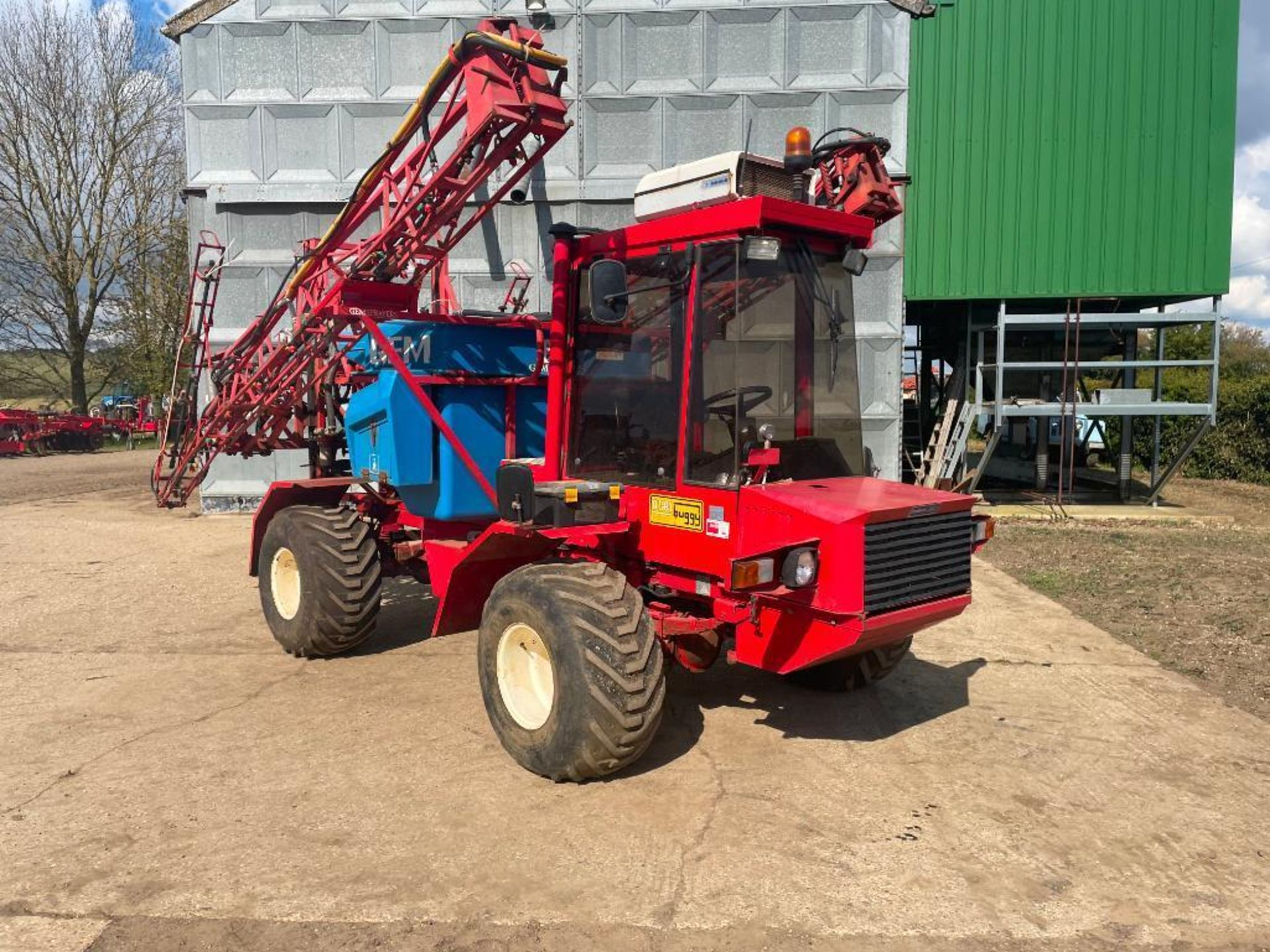 1995 Frazier Agri-Buggy SD with GEM 24m self propelled sprayer, 1500l tank on 38x20.00-16 wheels and - Image 6 of 27