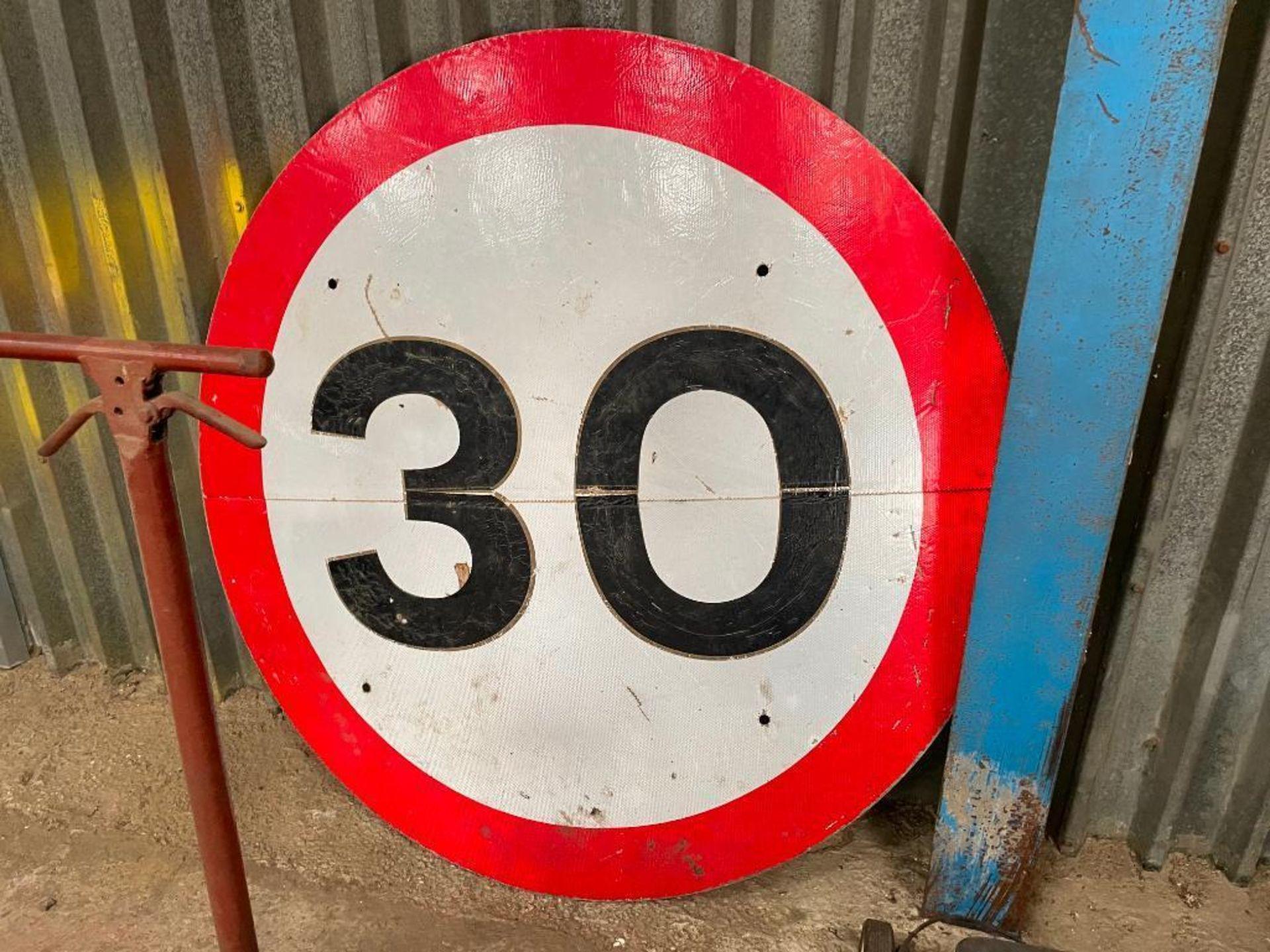 Speed warning sign - Image 2 of 2