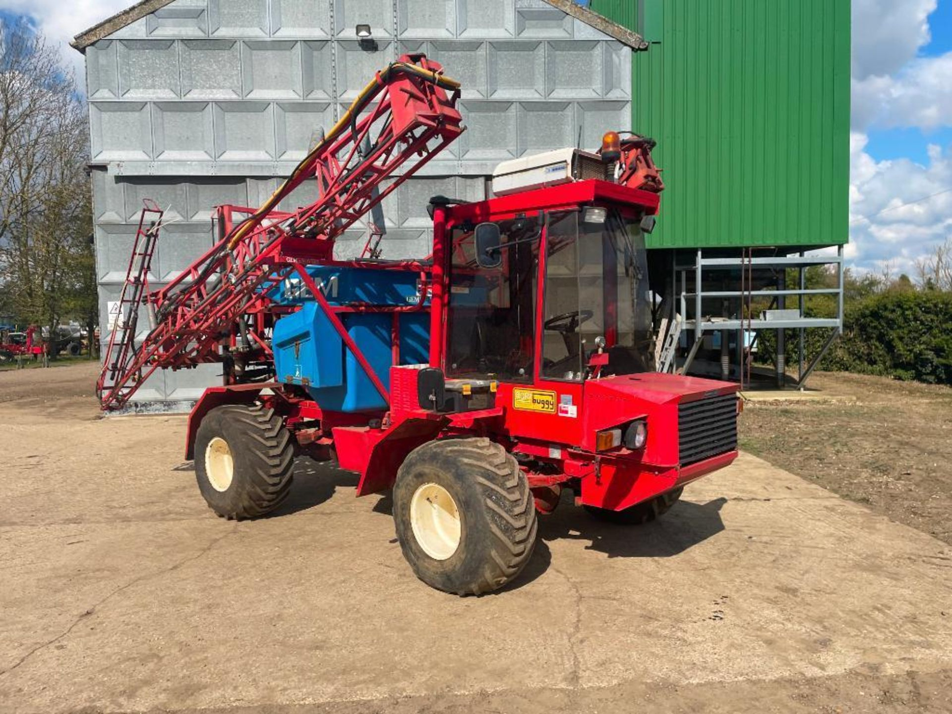1995 Frazier Agri-Buggy SD with GEM 24m self propelled sprayer, 1500l tank on 38x20.00-16 wheels and - Image 4 of 27