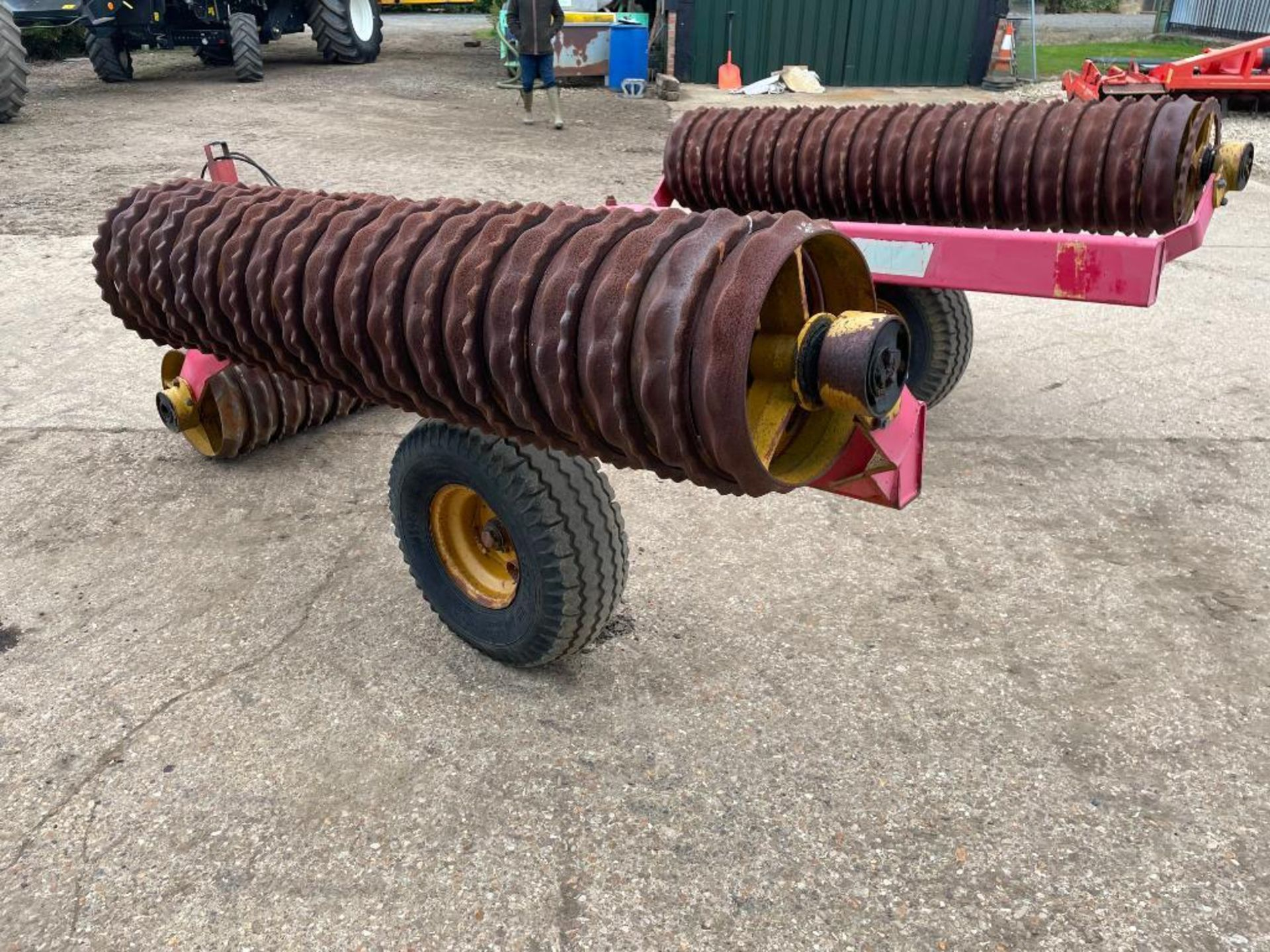 Vaderstad Rollex 620 Cambridge rolls, 6.2m hydraulic folding on 10.0/80-12 wheels and tyres. Serial - Image 9 of 12