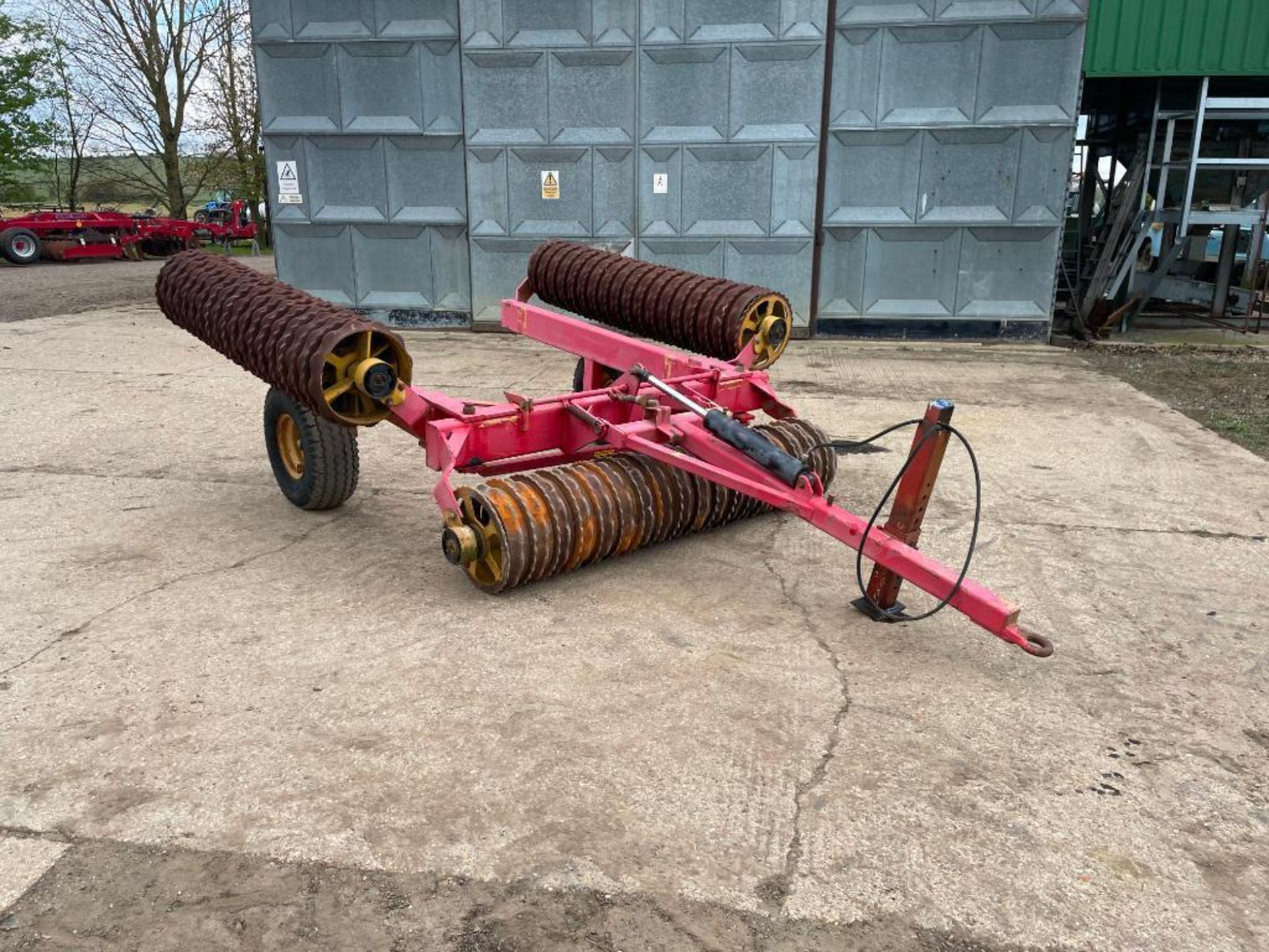Vaderstad Rollex 620 Cambridge rolls, 6.2m hydraulic folding on 10.0/80-12 wheels and tyres. Serial - Image 5 of 12