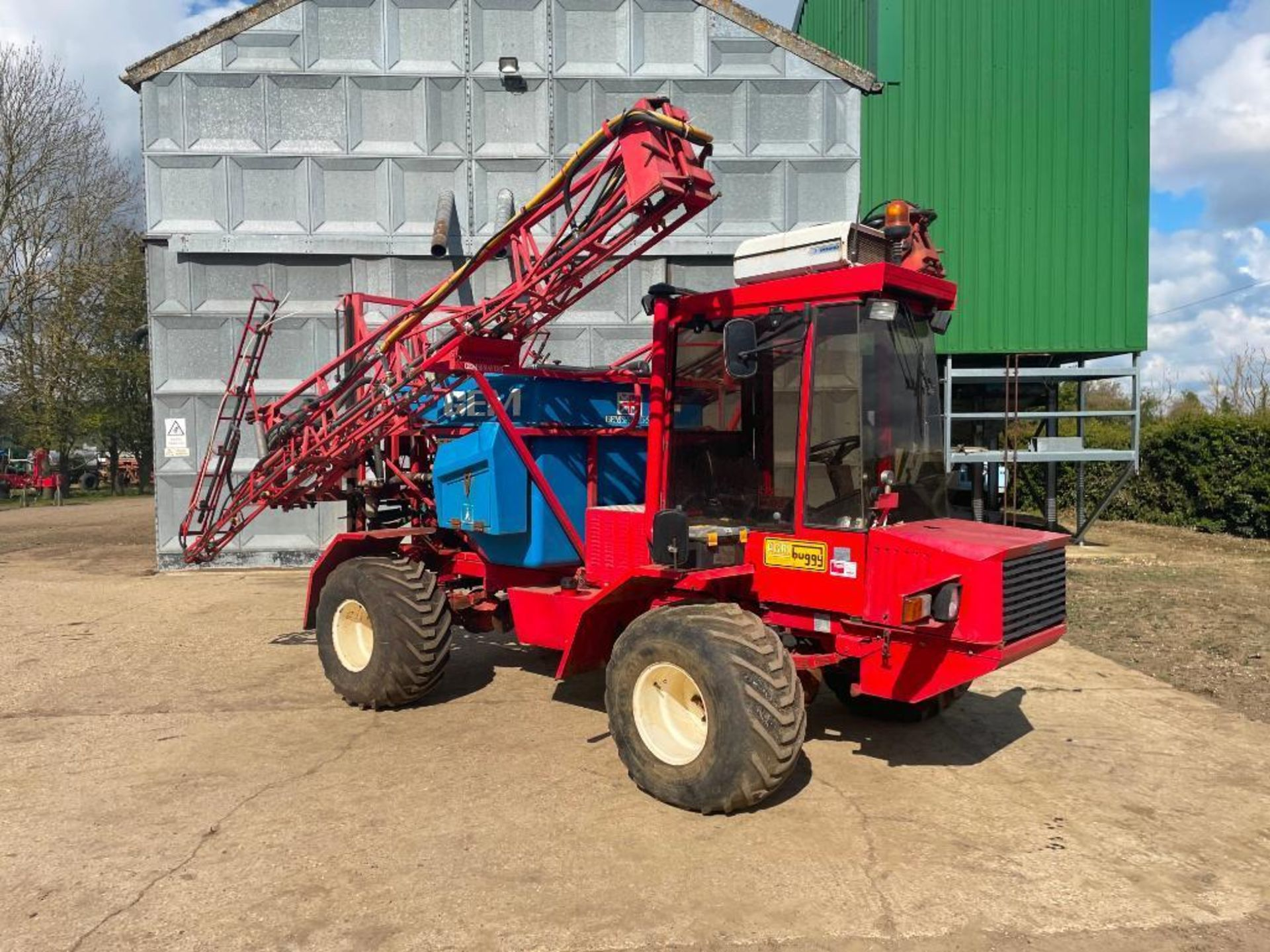 1995 Frazier Agri-Buggy SD with GEM 24m self propelled sprayer, 1500l tank on 38x20.00-16 wheels and - Image 24 of 27