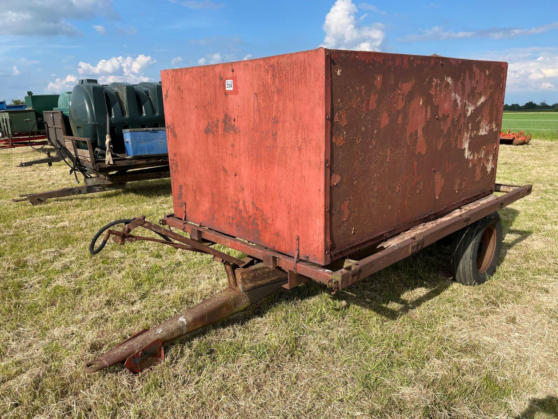 10ft single axle hydraulic tipping trailer, wooden floor with steel tank and grain chute - Image 2 of 6