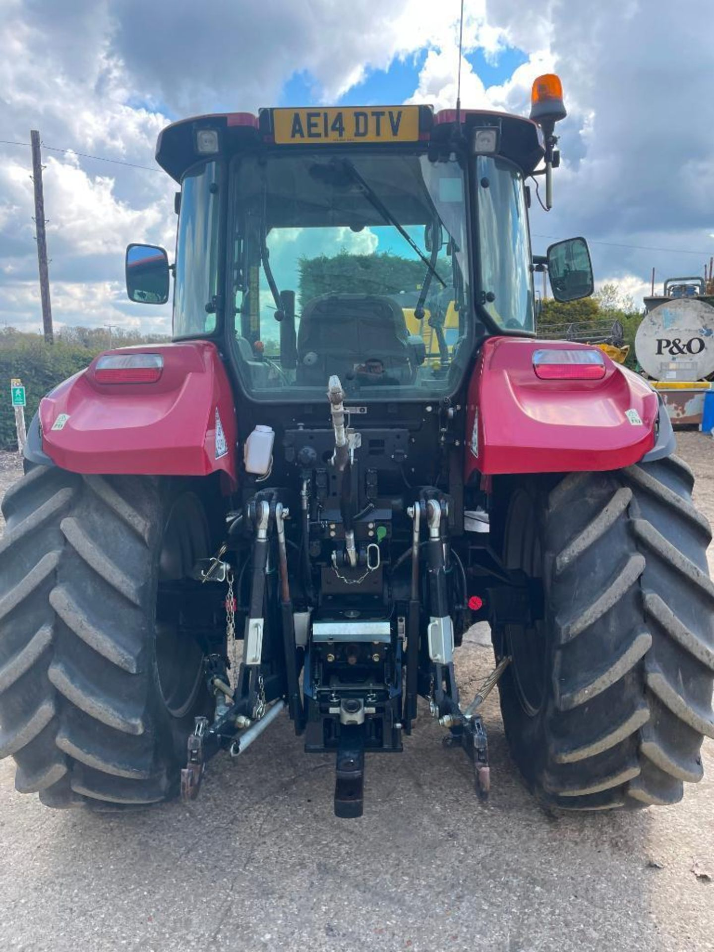 2014 Case IH Farmall 115U PRO 40Kph 4wd tractor with 2 spools, PUH on 440/65R24 front and 540/65R34 - Image 5 of 10