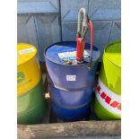 Quantity Morris hydraulic oil with manual pump