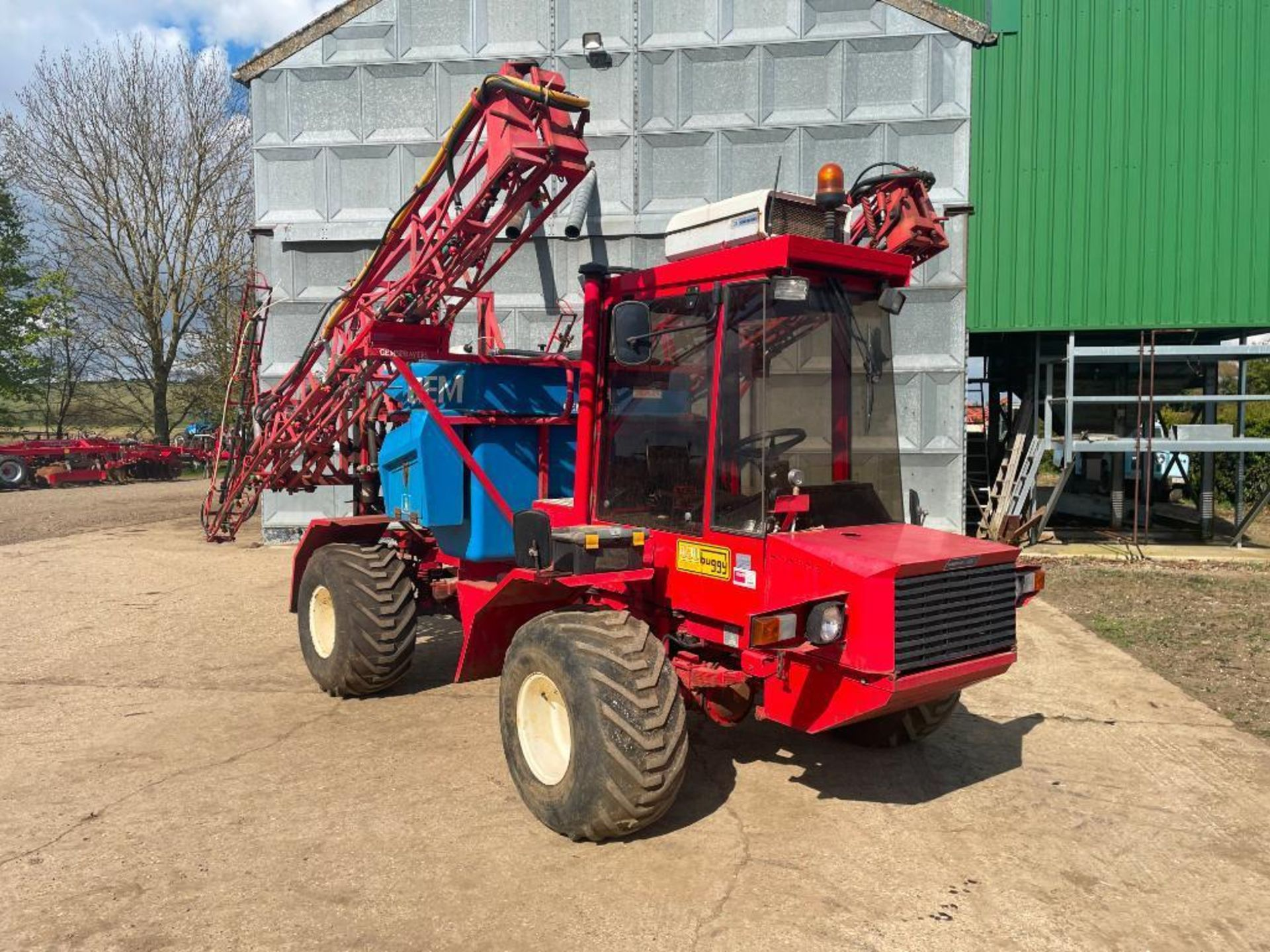 1995 Frazier Agri-Buggy SD with GEM 24m self propelled sprayer, 1500l tank on 38x20.00-16 wheels and - Image 2 of 27