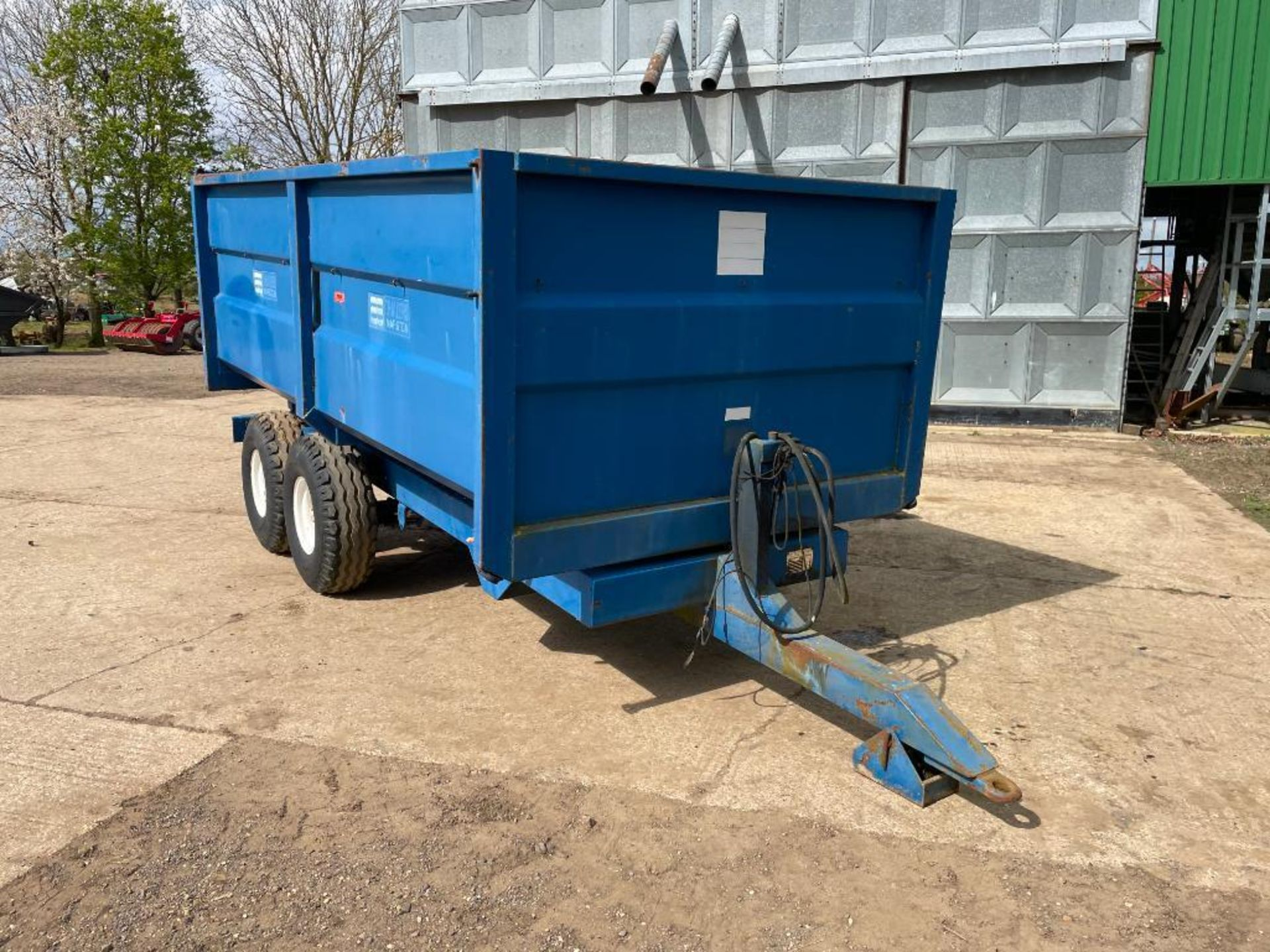 1986 AS Marston 8t twin axle grain trailer, manual tailgate and grain chute on 12.5/80-15.3 wheels a - Image 6 of 14