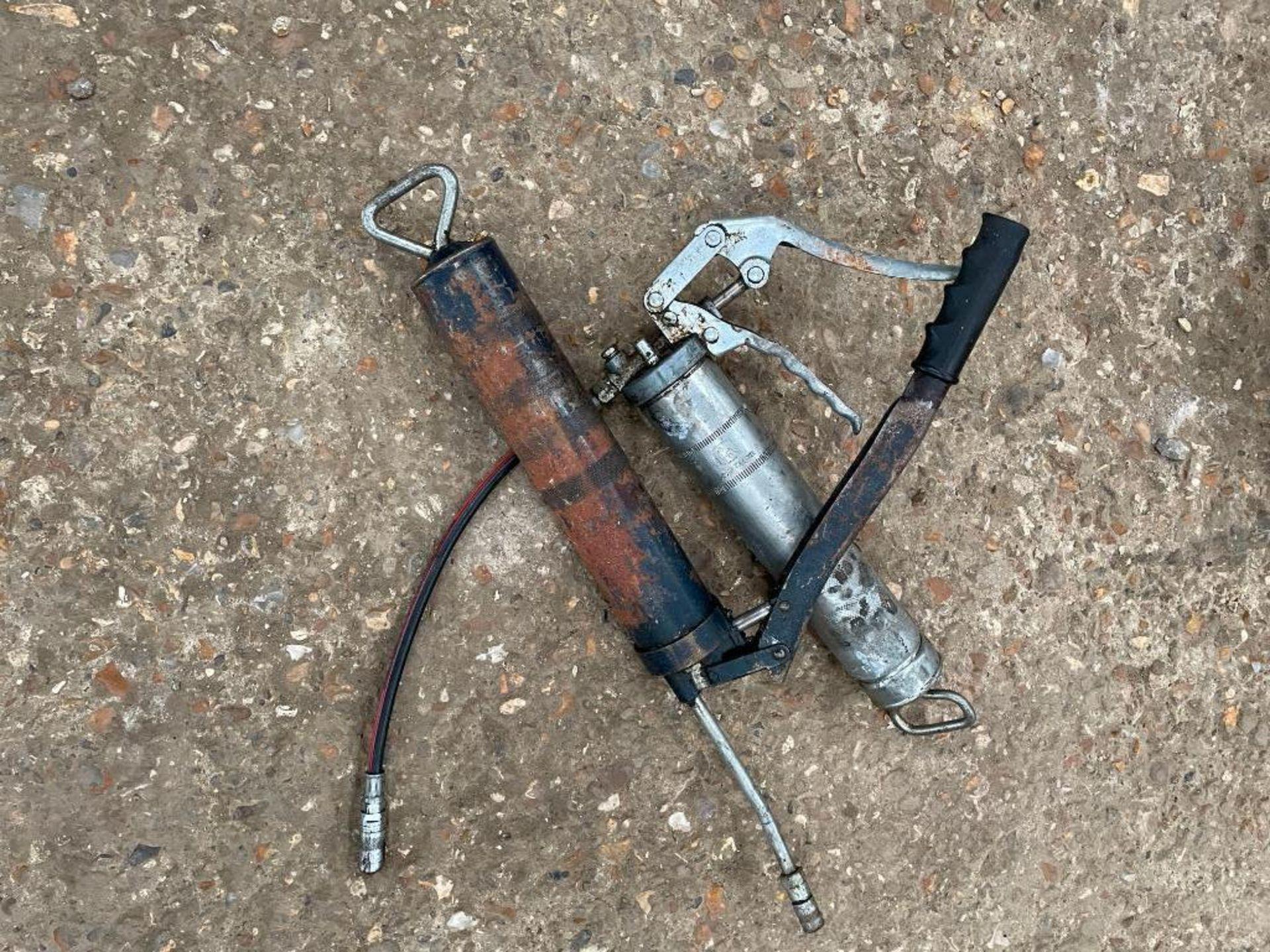 Pair grease guns - Image 2 of 2