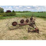 Vicon Acrobat, linkage mounted. Serial No: 50120 042