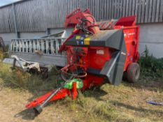 2014 Kuhn Primor 3570M Polydrive straw bedder and feeder with hydraulic tailgate. Serial No: PRI3570