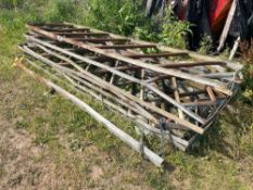 Quantity of 9ft 8 diagonal fencing sections