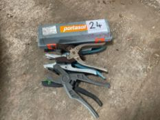 Portasol dehorning iron and ear taggers