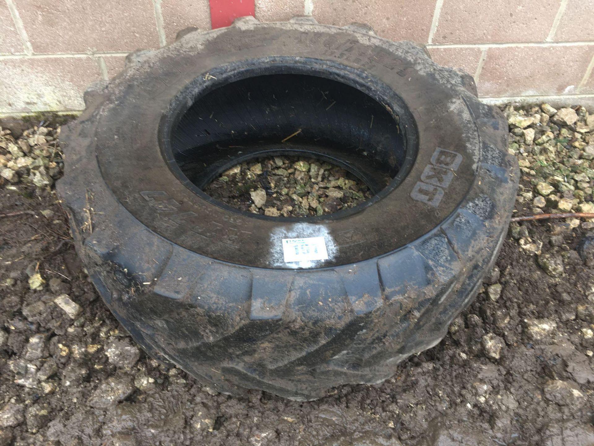 1 x BKT 460/70R24 tyre