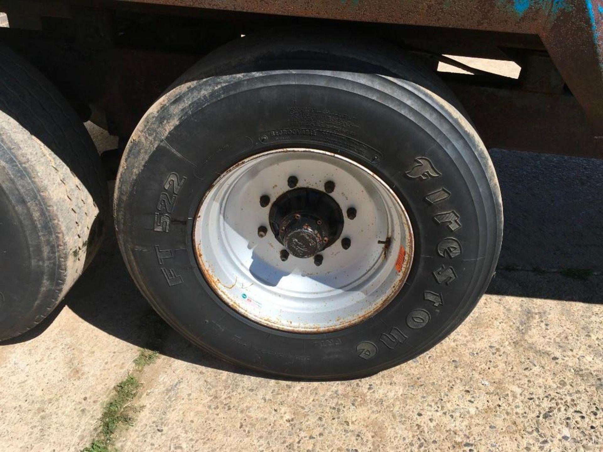 AA Henton & Son 12t twin axle trailer, hydraulic rear door, manual grain chute, sprung draw bar on 3 - Image 8 of 10