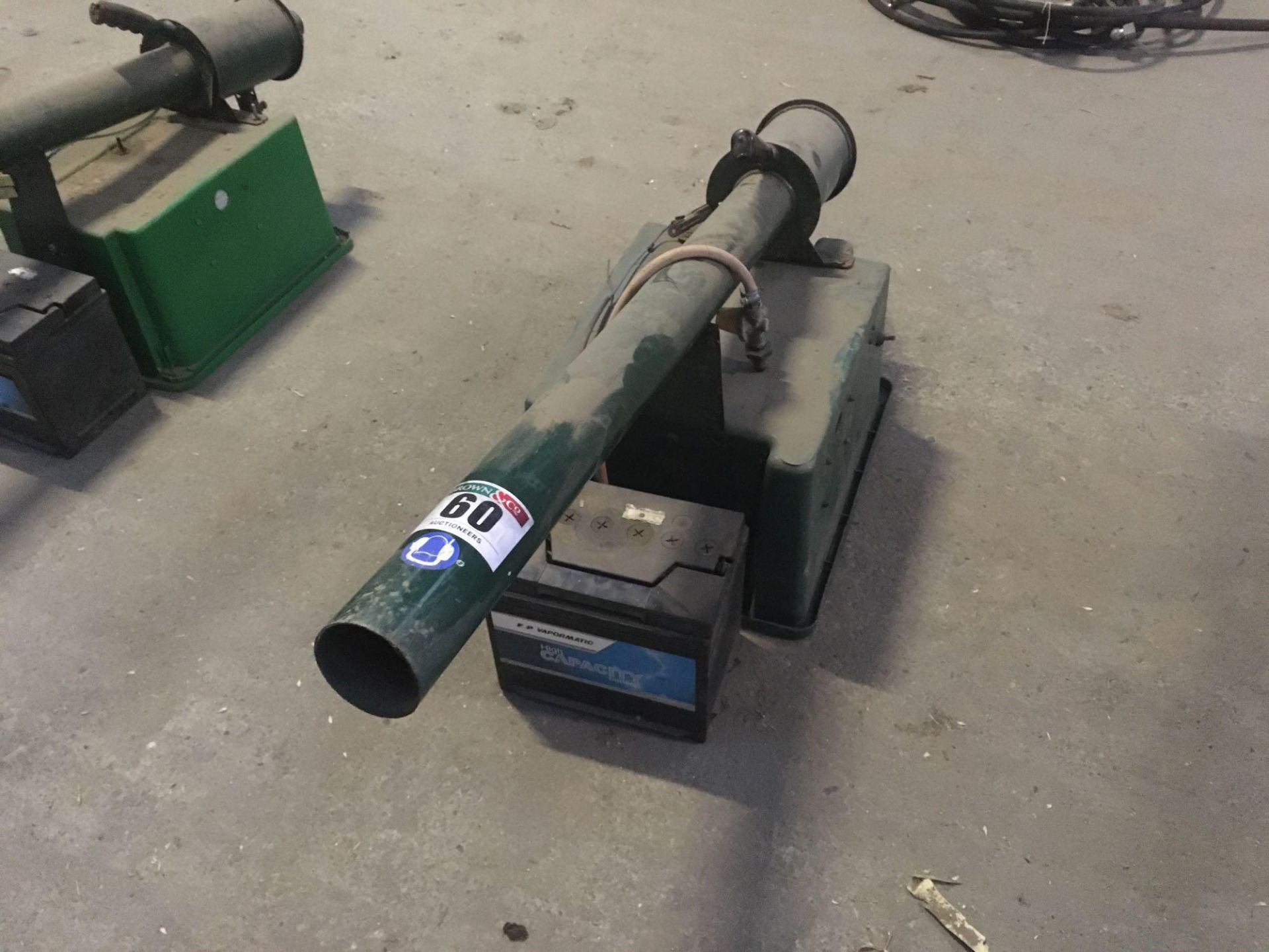 Fairbang with bird scarer and battery