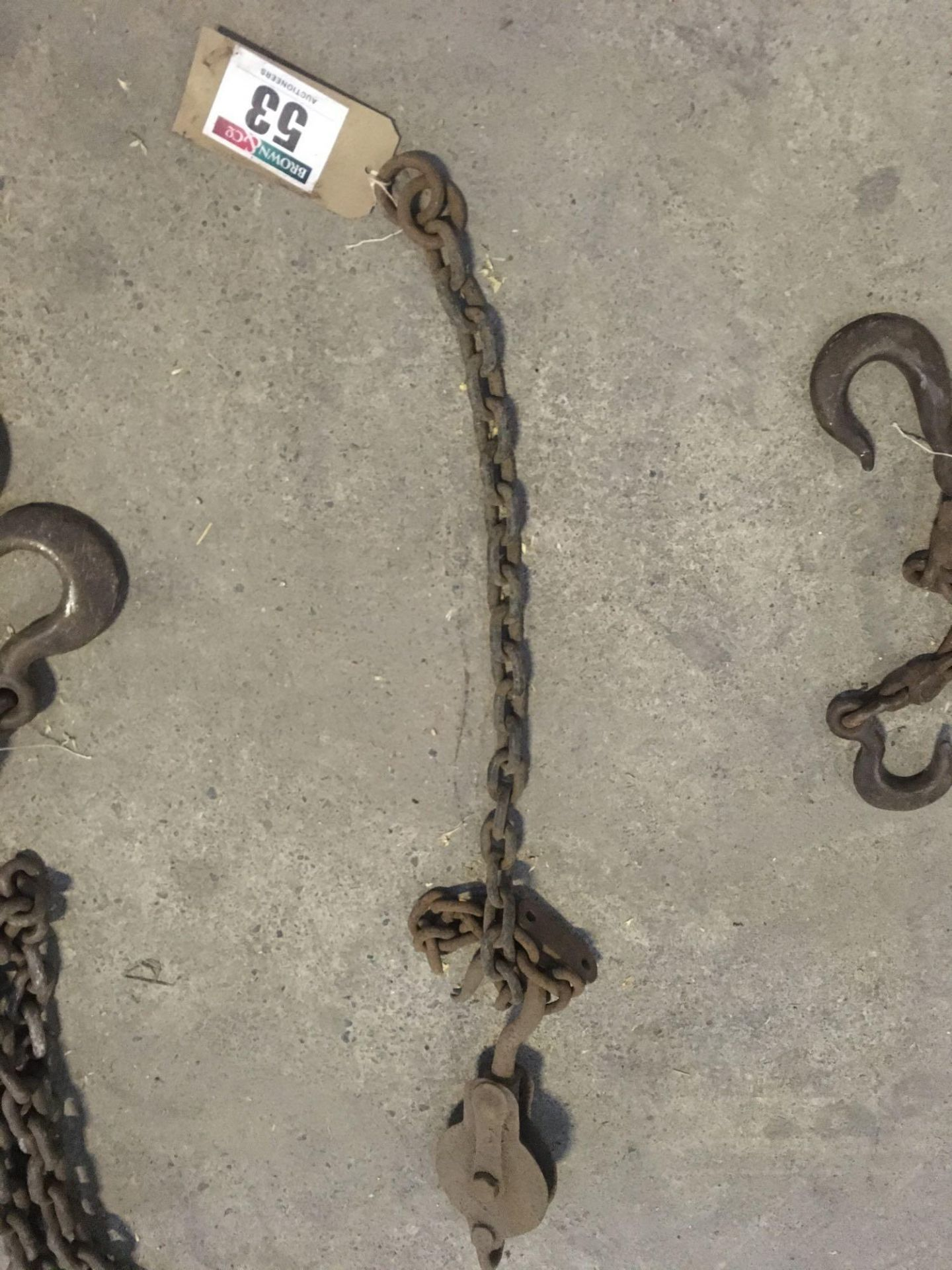 Chain and pulley