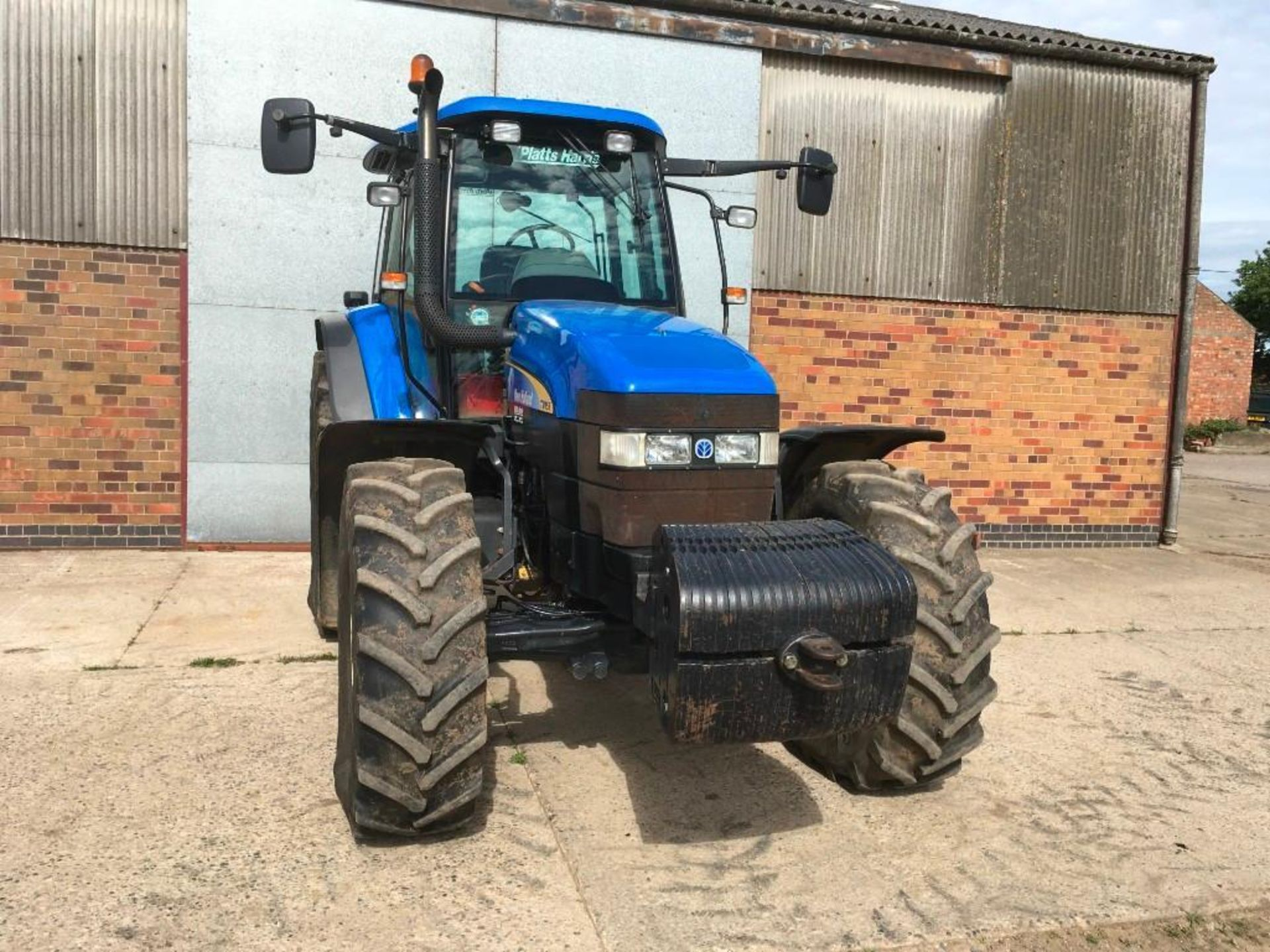 2007 New Holland TM155 tractor with range command gear box, 4 spool valves, push out pick up hitch, - Image 3 of 12